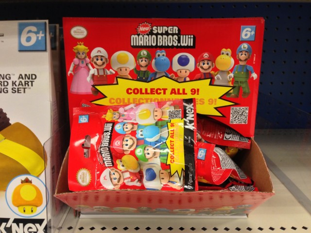 K'NEX New Super Mario Bros. Wii Blind Bags Figures Case 2013