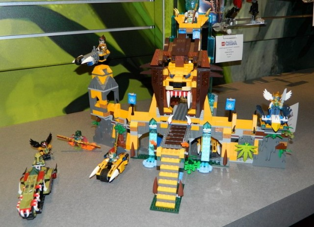 LEGO Legends of Chima Summer 2013 The Lion CHI Temple Set