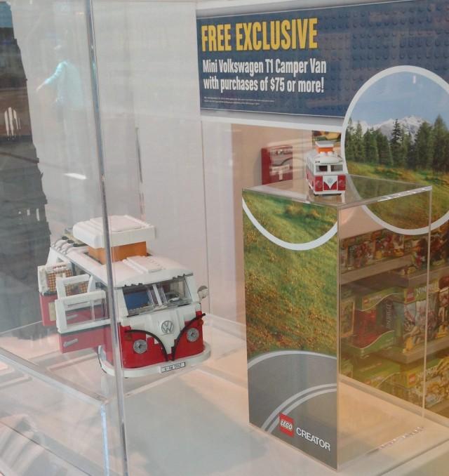 Exclusive Lego Mini Volkswagen T1 Camper Van Photos