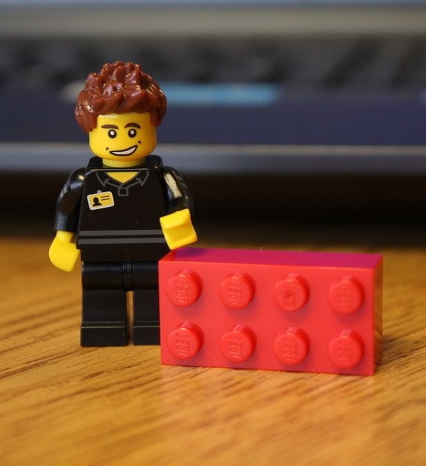 Lego Shop Employee Minifigure Released Amp Photos How To
