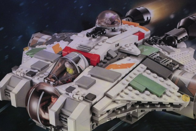 LEGO 75053 Star Wars Rebels Ghost Ship Minifigures Close-Up