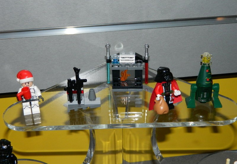 LEGO Star Wars 2014 Advent Calendar Revealed & Photos! - Bricks and ...