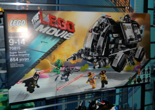 The LEGO Movie Super Secret Police Dropship 70815 Box