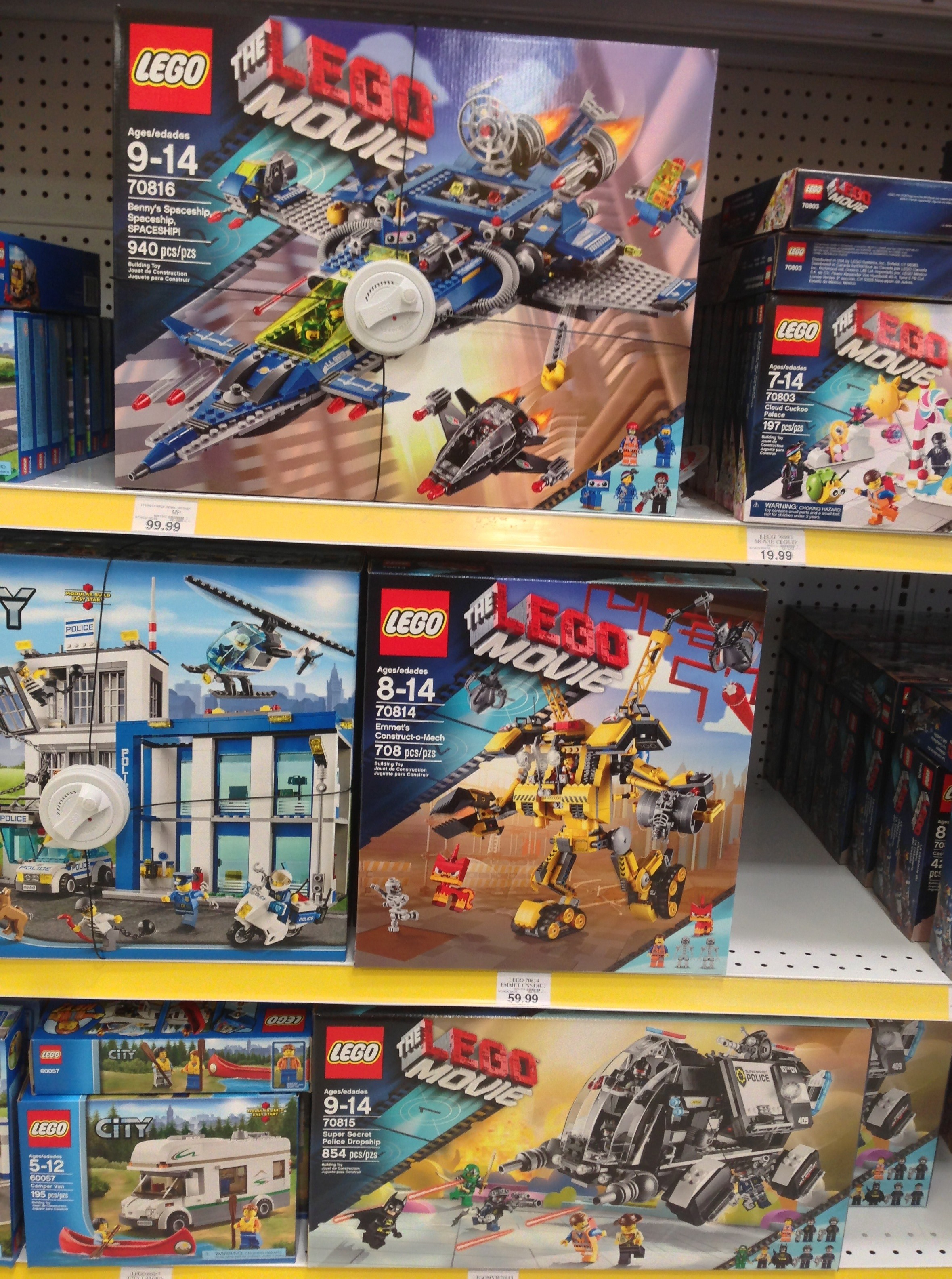 Lego Movie Spaceship Summer 2014 Sets Released Early Bricks And Bloks