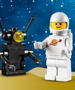 Free LEGO White Spaceman Minifigure Promo LEGO Stores 2014
