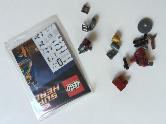 Toys R Us Exclusive LEGO Rocket Raccoon Set Unassembled