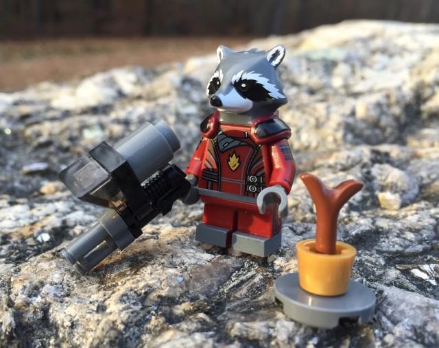 Toys R Us Exclusive LEGO Rocket Raccoon & Groot Polybag Set