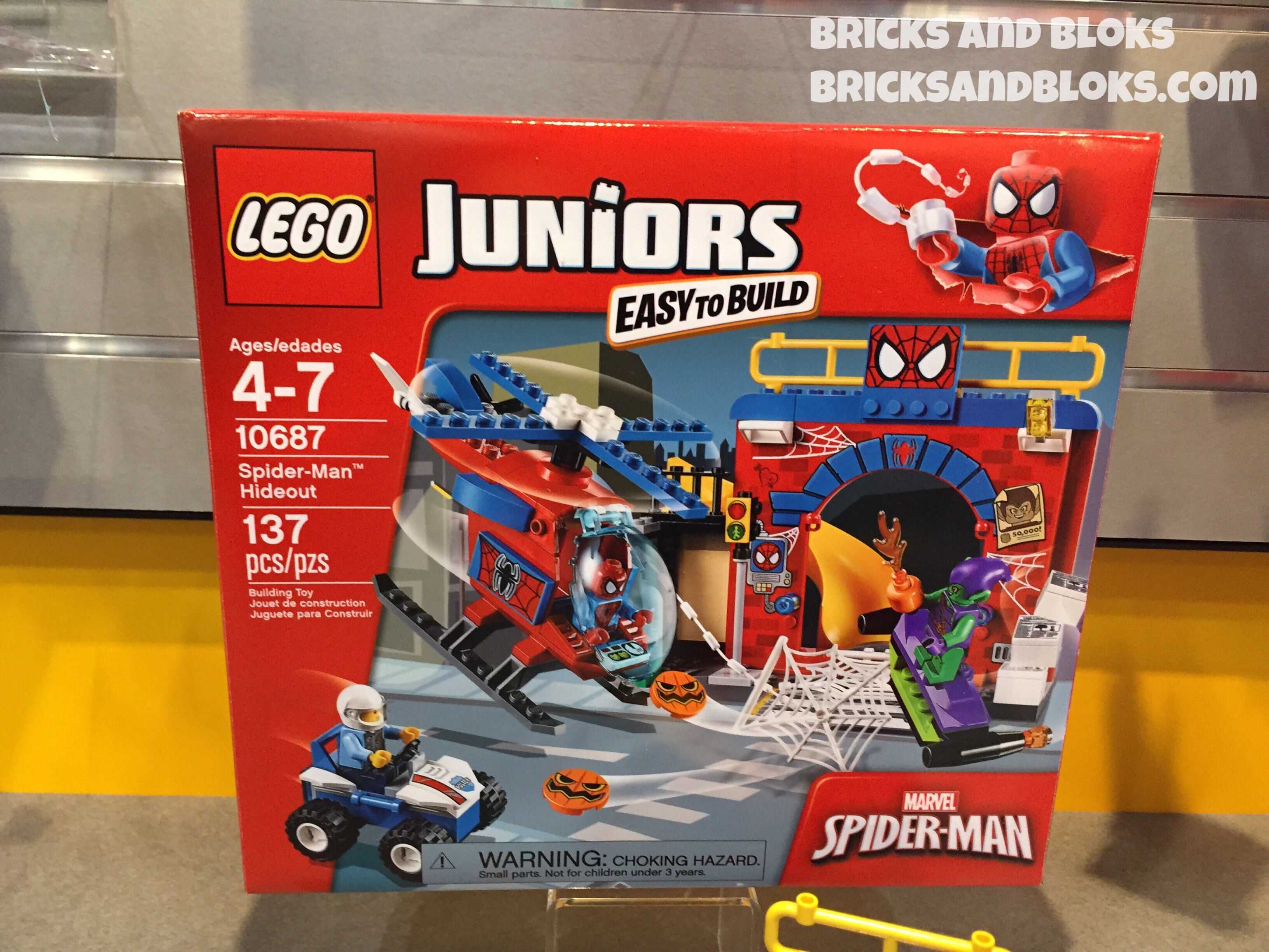 Toy Fair 2015 Lego Spider Man Hideout 10687 Photos