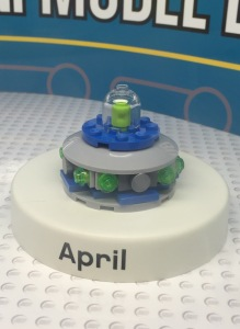 LEGO UFO Mini Monthly Model Build April 2015