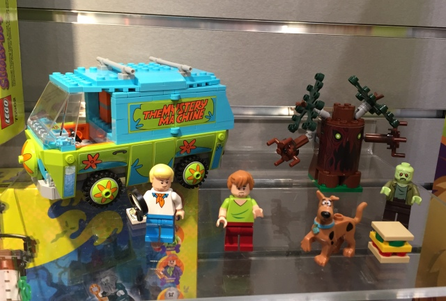LEGO-Scooby-Doo-Mystery-Machine-Summer-2015-Set-75902-e1427988146904-640x432.jpg