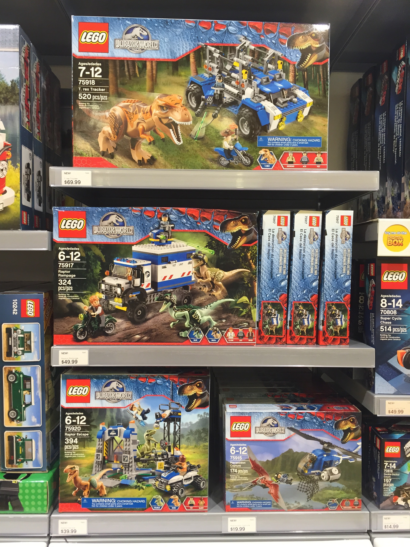 Lego jurassic world sets released online in stores for Lago shop online