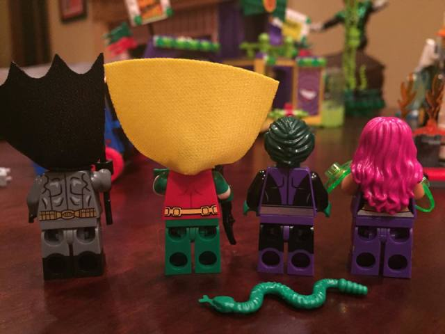 Backs of LEGO Jokerland Hero Minifigures 76035 Summer 2015 Set Review
