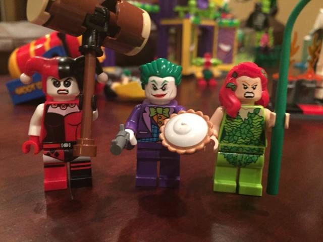LEGO 76035 Jokerland Villain Minifigures Alternate Faces