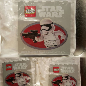 LEGO Star Wars Force Friday Exclusive Brick Toys R Us