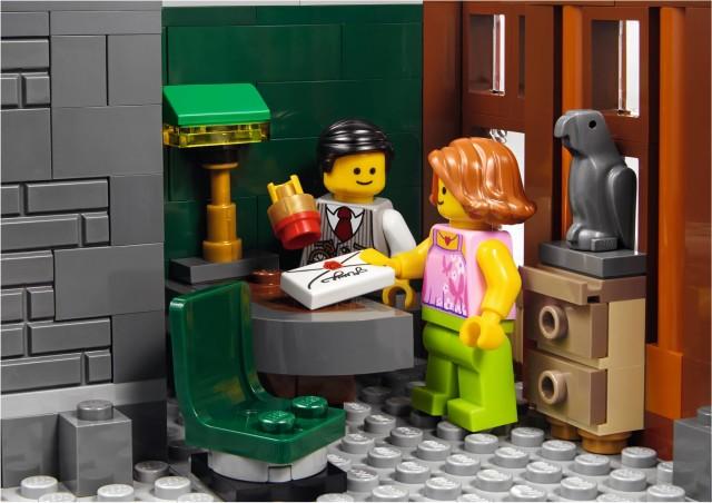 10251 LEGO Brick Bank Teller Notarizing Letter for Mom Minifigure