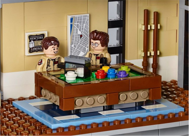 Billiards Table in Ghostbusters LEGO 75827 Headquarters