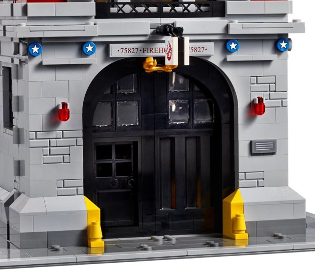 Opening Front Door on Ghostbusters Firehouse for ECTO-1 Car