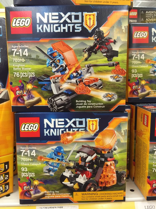 LEGO Nexo Knights Chaos Catapult and Knighton Battle Blaster