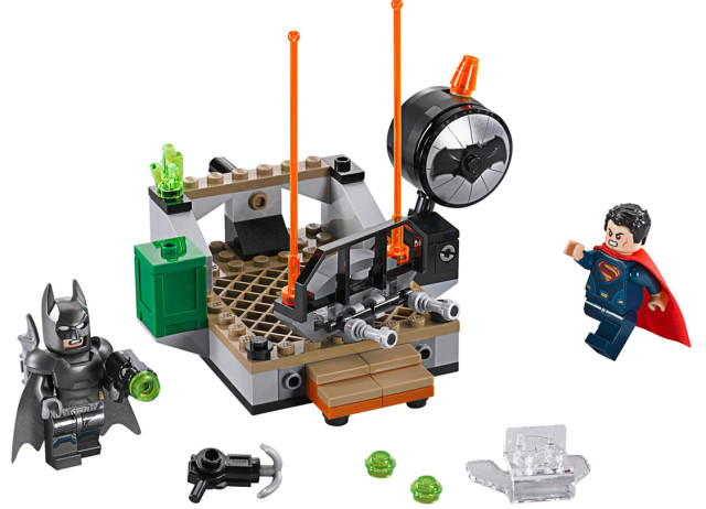 LEGO Clash of the Heroes Set Batman v Superman